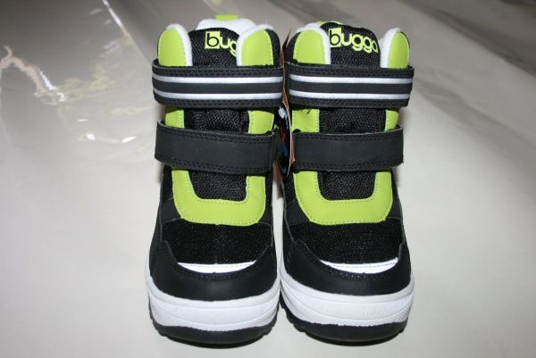 Не промокаемые детские зимние ботинки Bugga